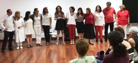 El pasado día 3 de junio la psicóloga y actriz Isabel Pintor, miembro de Ipsimed, participó en unas jornadas sobre las Enfermedades Raras y las Creencias Limitantes en la Escuela de Investigación en Valores CIVSEM, con el grupo de teatro que dirige allí.