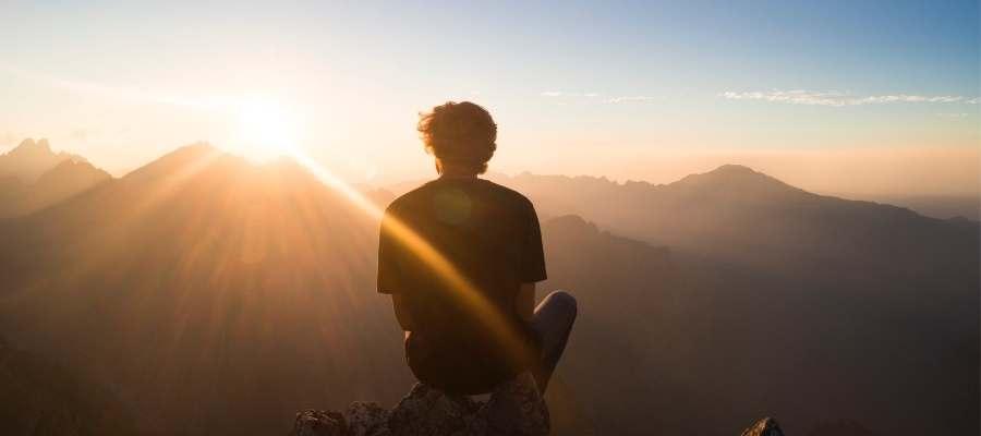 Mindfulness online Amanecer en comunidad e intimidad_Ipsimed